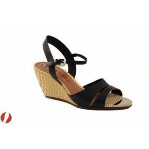 Елегантни дамски сандали с холандски ток Carrano 100779010 черни