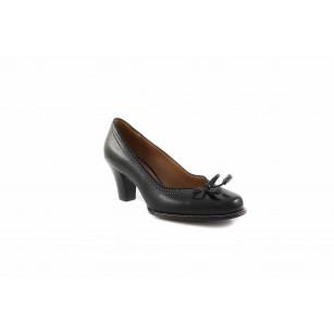 Дамски обувки на среден ток Clarks 20306743 Bombay Lights