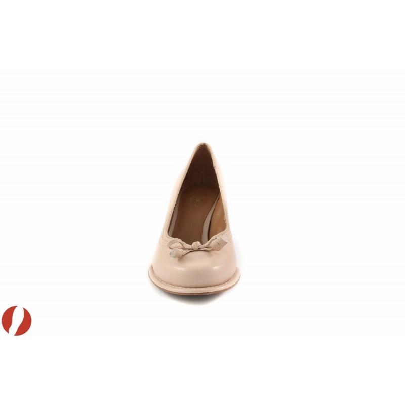 Дамски обувки на среден ток Clarks Bombay Lights 26105949