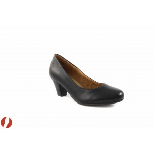 Дамски обувки на среден ток Caprice 22400001