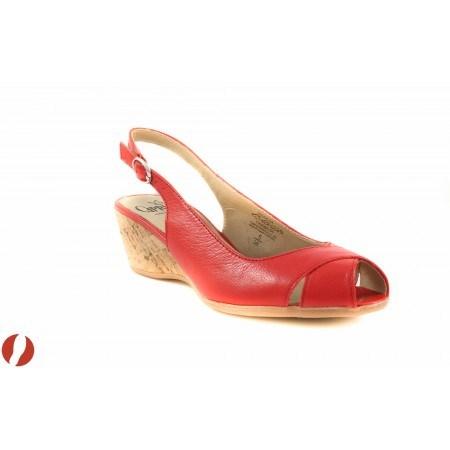 Дамски сандали на платформа Caprice червени 28358593