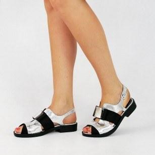 Дамски равни сандали BE ME сребристи